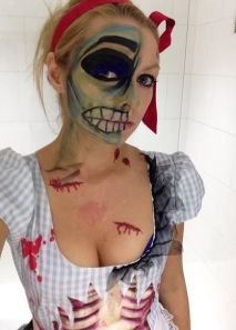 A dead looking Dorothy